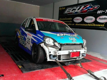 Honda rally car being prepared on Dyno at Ritter Performance Tuning