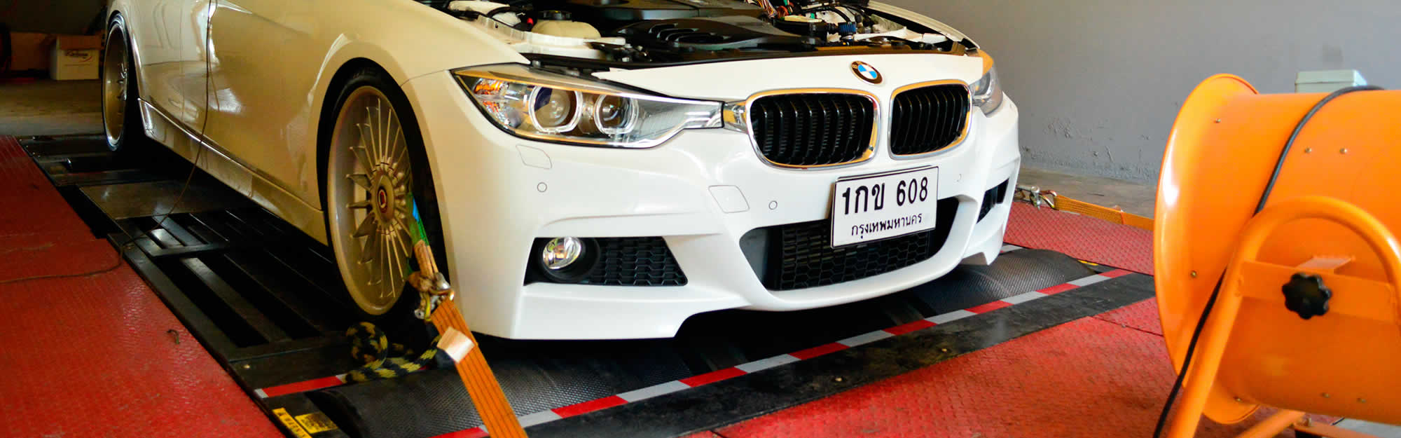 BMW undergoing ECU Remapping