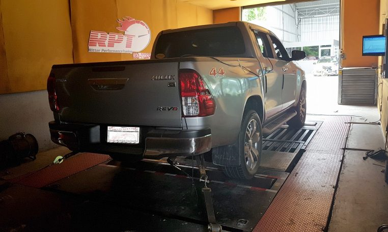 2016 Toyota Revo 2.8L on dyno for ecu remapping at RPT ECU Thailand